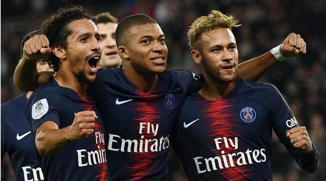 پیروزی PSG با تک گل کاوانی