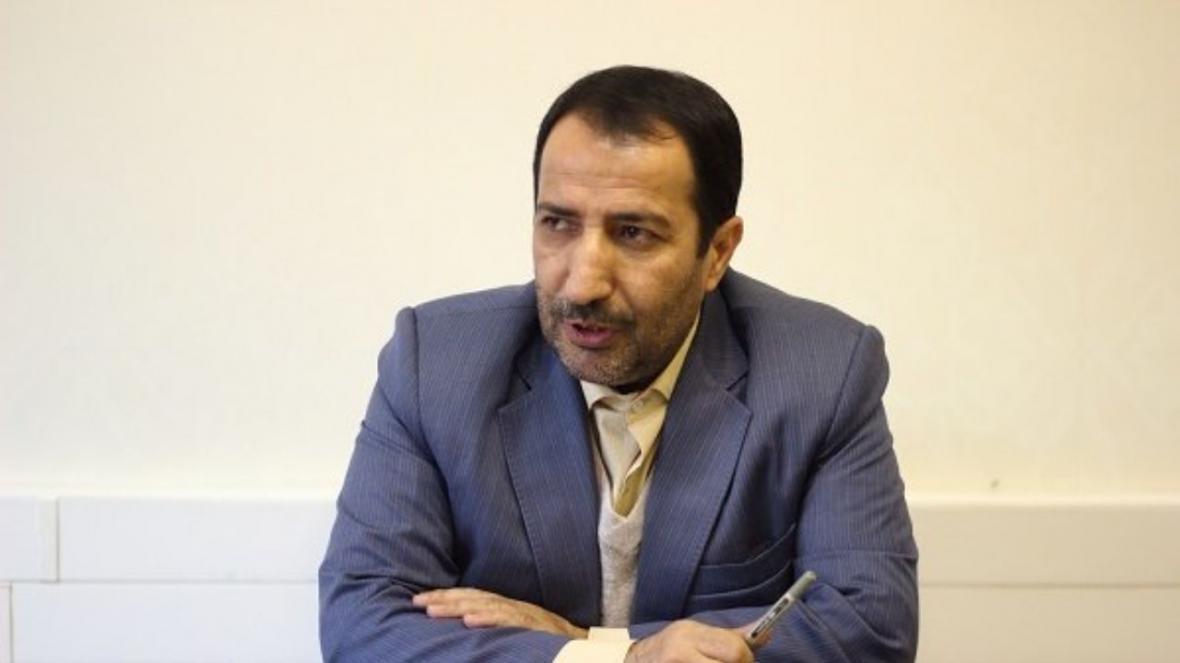 حسینی طی تذکری شفاهی: تشخیص مغایرت مصوبات مجلس با شورای نگهبان است، نوبخت نباید کام مردم را تلخ کند