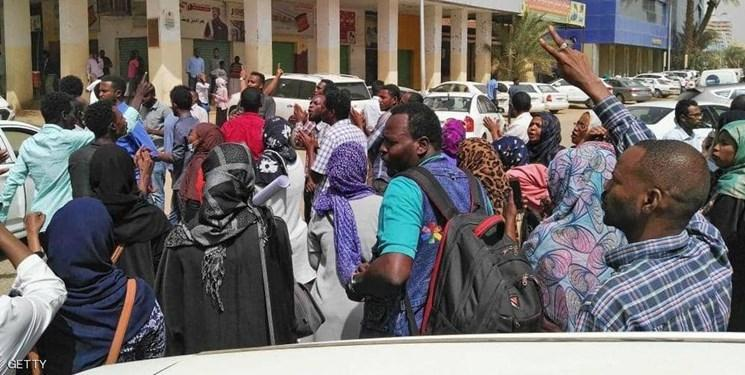 صدور حکم یک ماه حبس و 20 ضربه شلاق برای نُه زن معترض سودانی