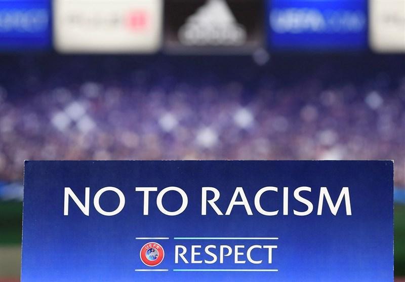 فسخ قرارداد بازیکن شفیلد یونایتد پس از حرکت نژادپرستانه