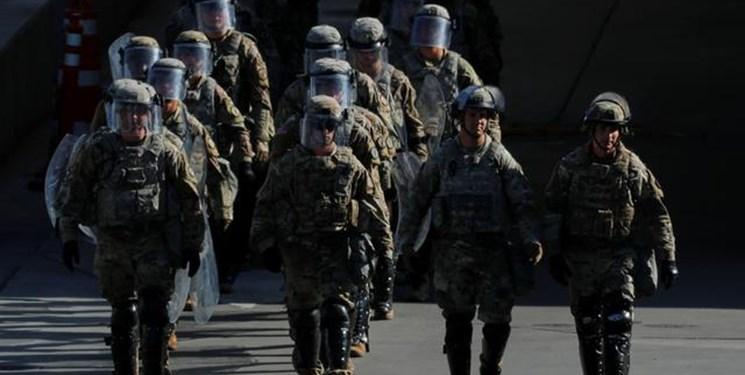 300 نظامی آمریکایی به مرز مکزیک اعزام می شوند