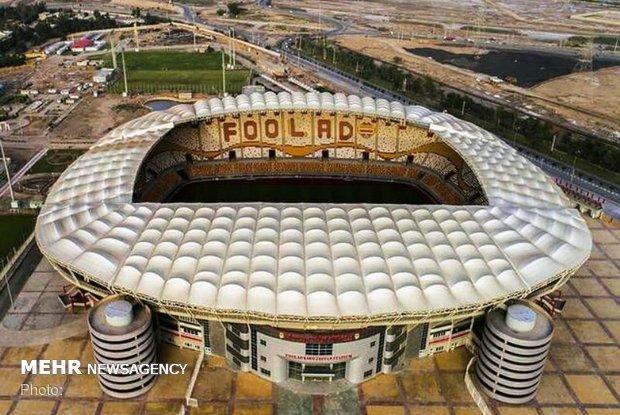 استادیوم شهدای فولاد ملتهب شد ، جایگاه ها در حال تخریب است