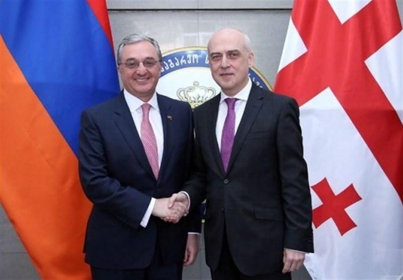تاکید وزرای خارجه ارمنستان و گرجستان بر گسترش همکاری ها