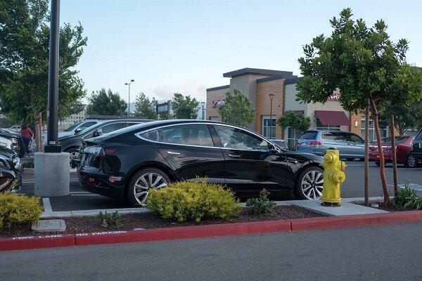 وصله امنیتی تسلا برای خودروی برقی