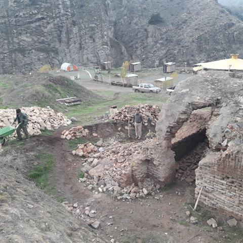 شروع تکمیل مرمت، بازسازی و حفاظت 4 اثر تاریخی کلیبر