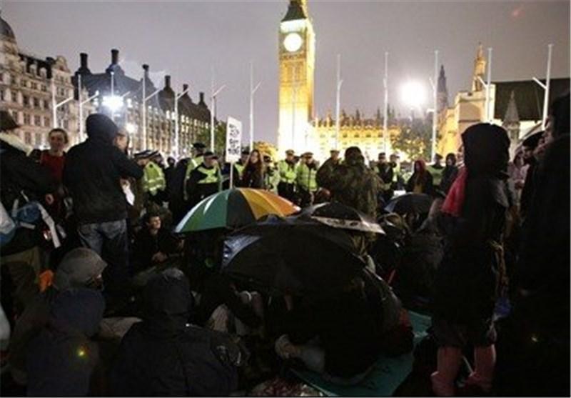 مردم انگلیس برای مطالبه حق خود چاره ای جز حضور در خیابان ها ندارند