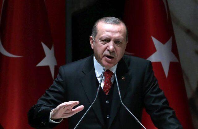 خبرنگاران اردوغان با استعفای وزیر کشور ترکیه مخالفت کرد