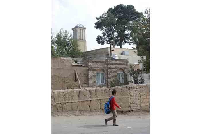 عمارت بادگیر تاریخی عمادآور ، تفرجگاه شازده های قجری