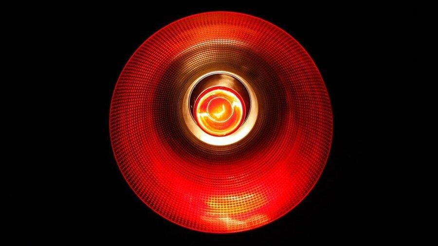 خیره شدن به نور قرمز ممکن است بینایی را بهبود بخشد