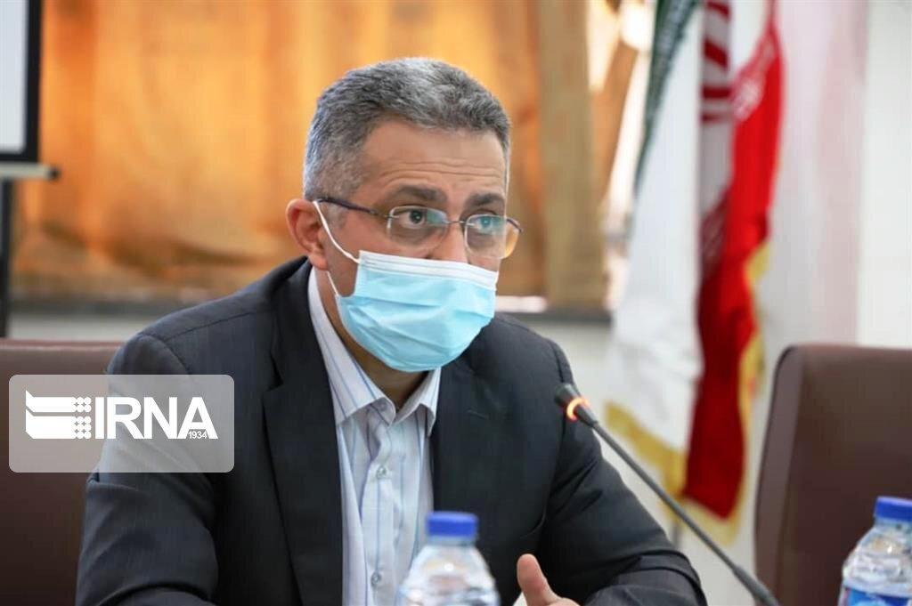 خبرنگاران معاون وزیر بهداشت: در کنار تقویت تجهیزات باید بیماران کرونایی کاهش یابد