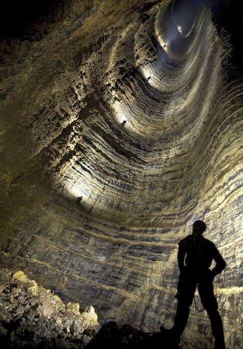 معرفی عجیب ترین غارهای ایران